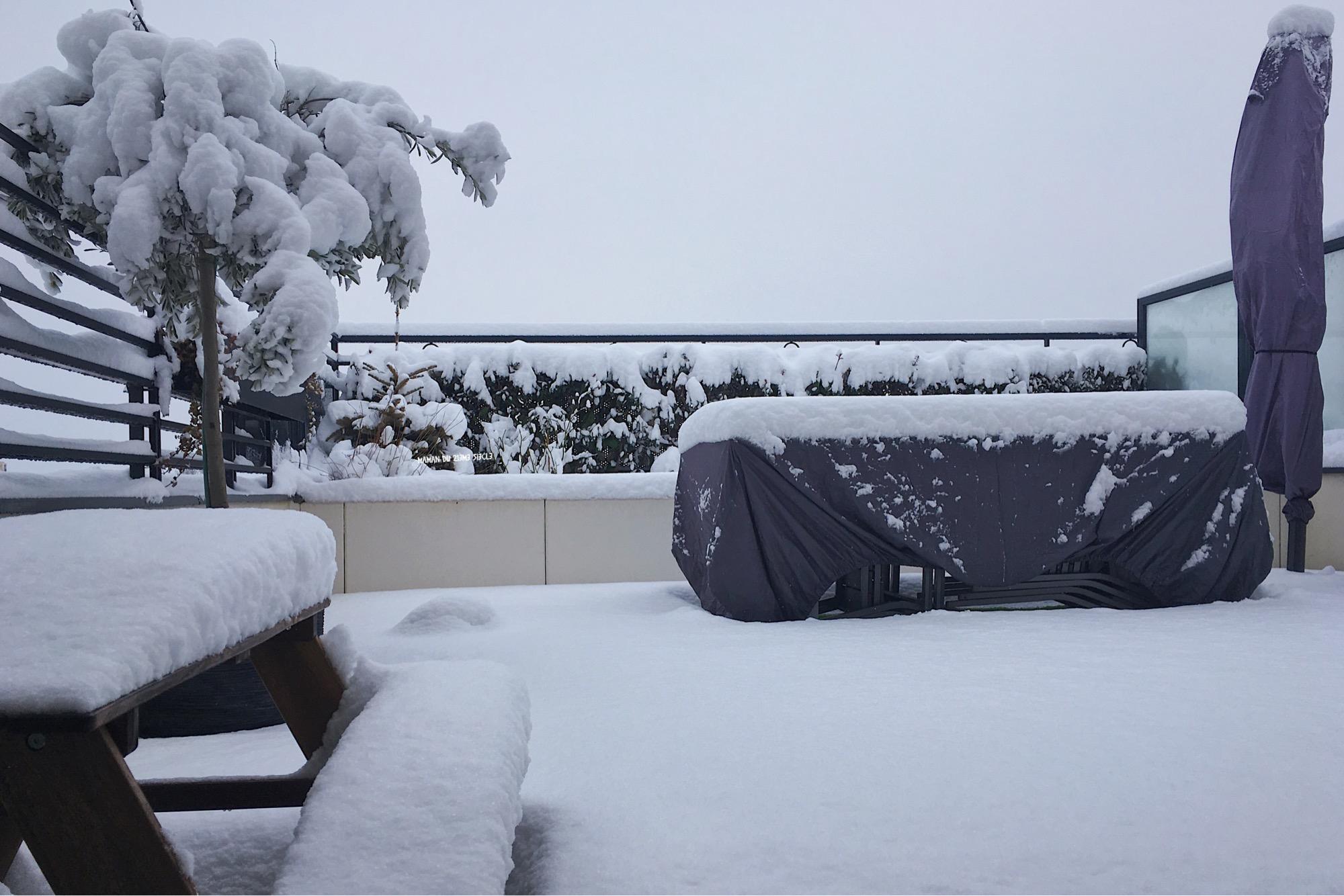 terrasse-sous-la-neige
