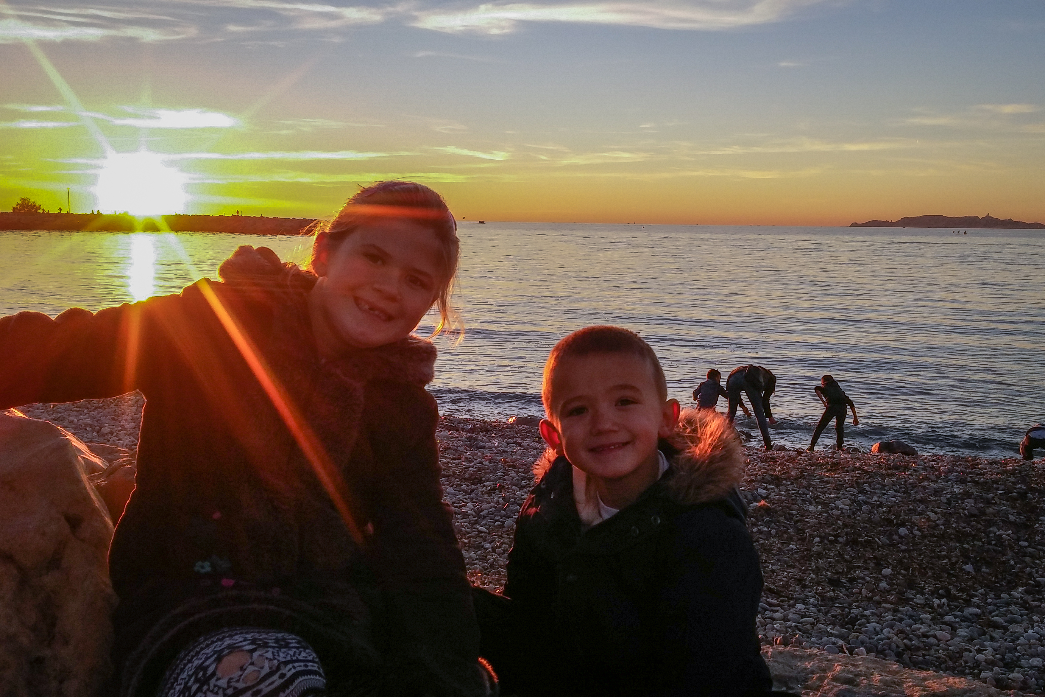 sunset-with-kids
